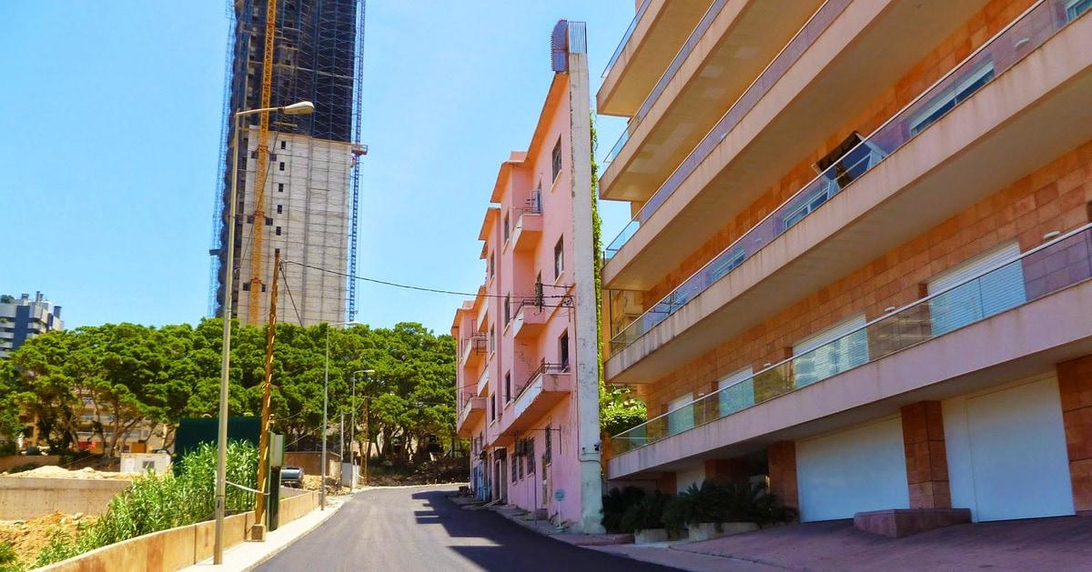 В Бейруте стоит один из самых узких домов в мире. И это не косяк, а братская месть