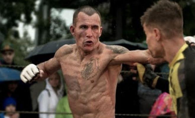 Авторитетный боксер решил поставить ММА-новичка на место и поплатился бокс