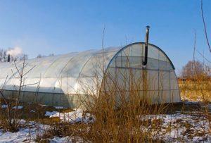 Чем обогревать теплицу из поликарбоната ранней весной