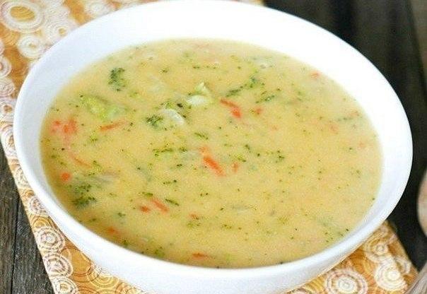 Сырный суп с курочкой и рисо…