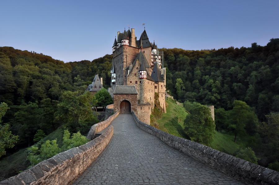 Древние замки  Мозеля. Германия