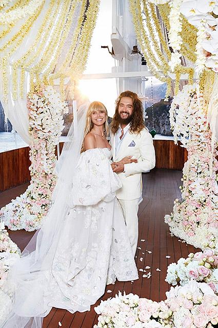 """Хайди Клум поделилась редким свадебным снимком и поздравила мужа с годовщиной: """"Влюбляюсь в тебя каждый день"""" Звездные пары"""