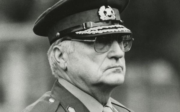 Бывшего главу эстонской армии перезахоронят наАрлингтонском кладбище