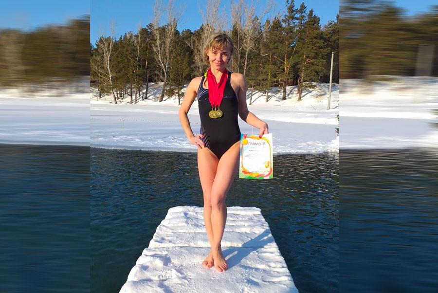 Барнаульской учительнице пришлось уволиться из школы за фото в купальнике мораль