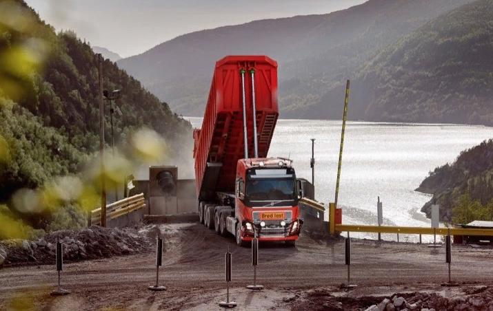 Volvo тестирует беспилотные самосвалы