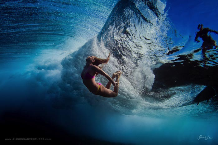 Тихий океан и сёрфингисты на…