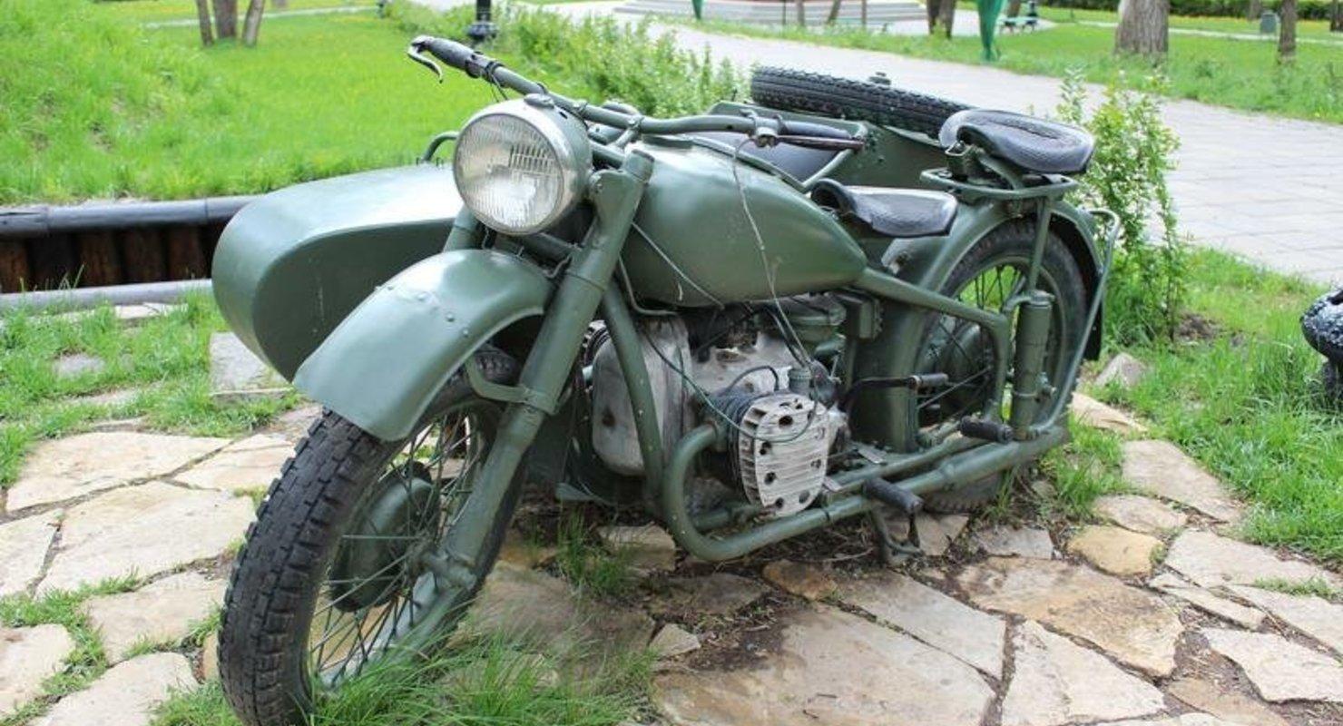 Мощный и тяжёлый мотоцикл Днепр М 72: таких уже практически не осталось Автомобили