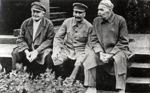 Сталина ненавидят сионисты, …