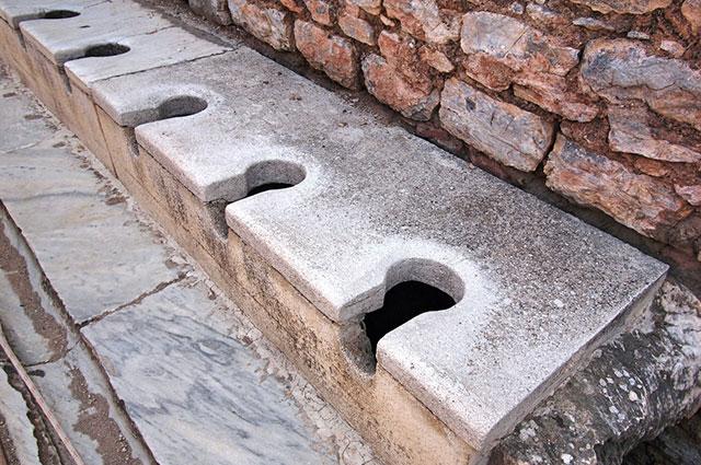 Со всеми удобствами. История туалета от горшка до современной уборной туалеты, появились, прямо, общественные, канализации, уборные, небыло, стали, пришлось, собой, представляли, которые, туалет, резервуар, в30‑е, каменные, снечистотами, городов, туалета, вМоскве