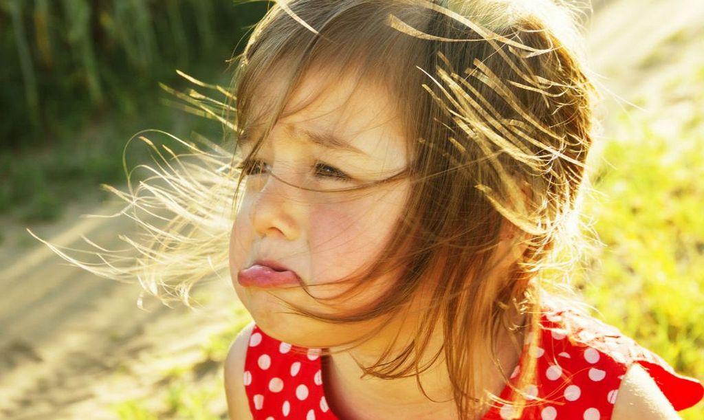 Прикольные картинки девочка плачет, анимации доброе