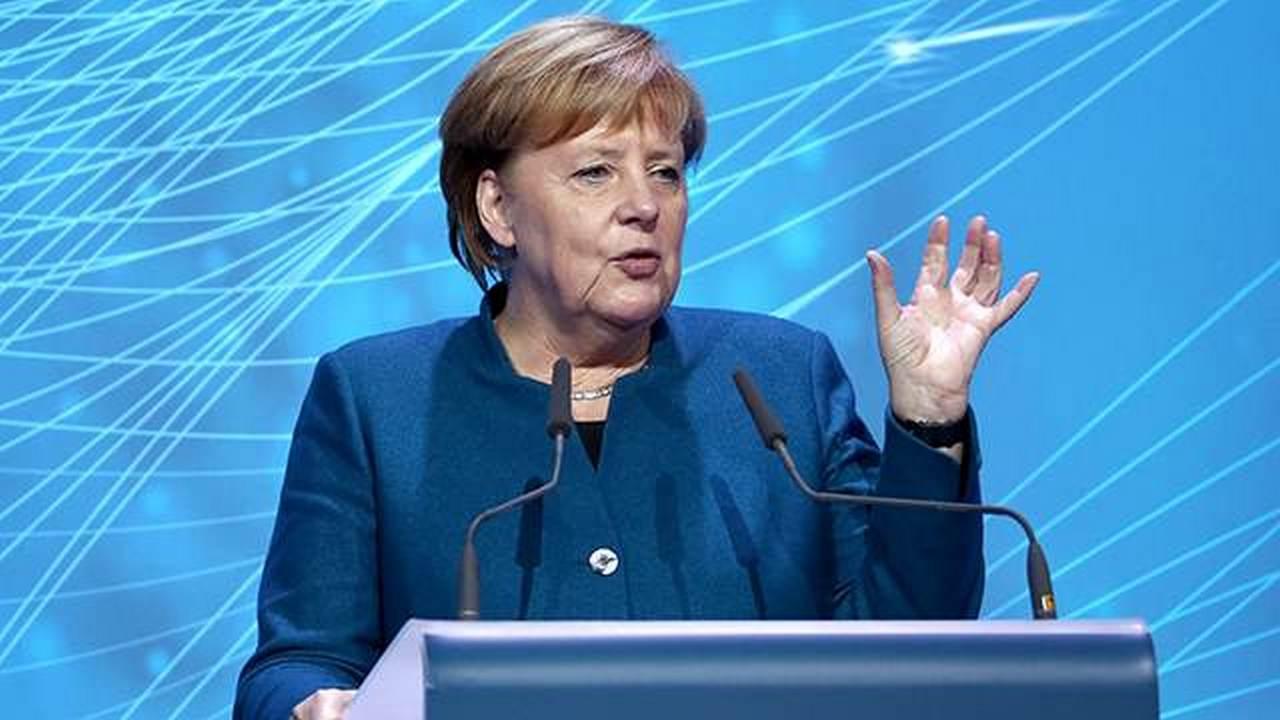 Меркель обрушит долларовую пирамиду?
