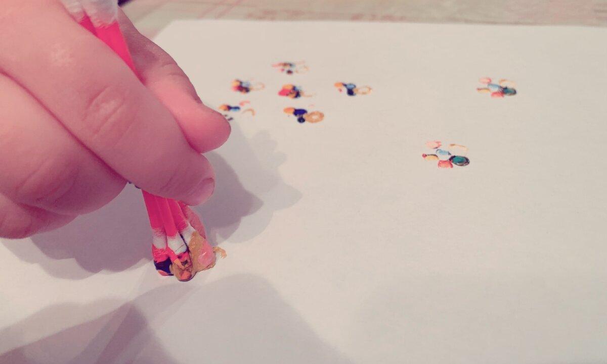 Как увлечь ребенка с помощью трубочек и ватных палочек: ловите 7 идей для развивающих игр