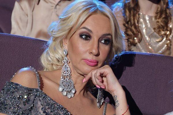 Кудрявцева в прямом эфире поведала зрителям о ботоксе, молодом муже и о том, на кого похожа ее дочь