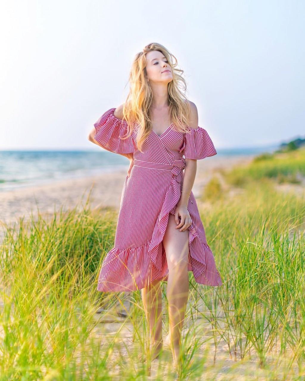 Подборка красивых фотографий или красотки на страницах модных журналов