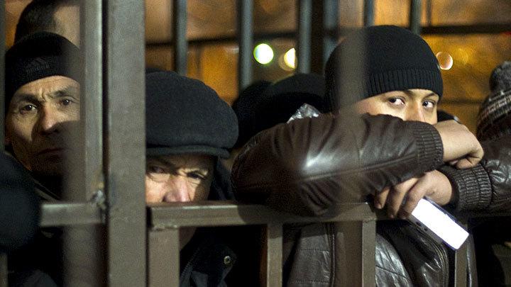 Мигранты в Москве толпой победили полицию. Генералы начали зачистку россия