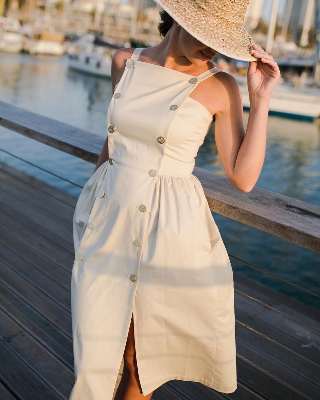 Летние платья для женщин после 40 лет: 20 стильных образов