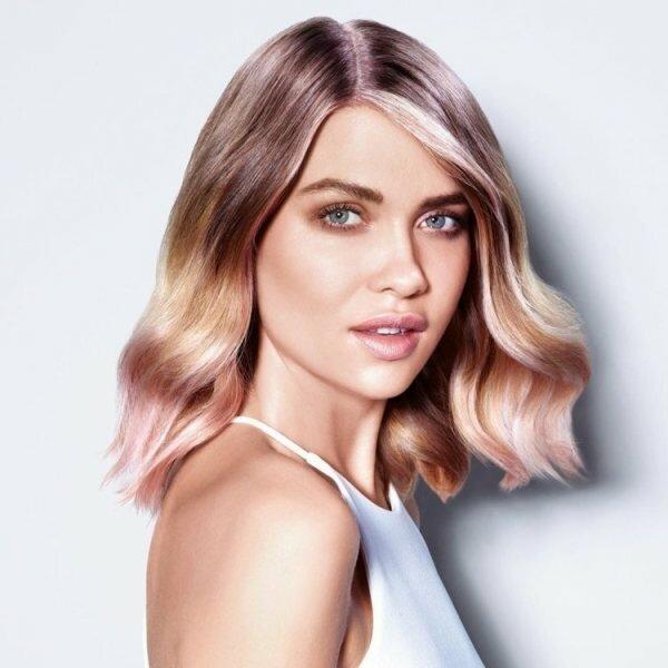 Какие оттенки волос помогут выглядеть моложе, чем вы есть на самом деле