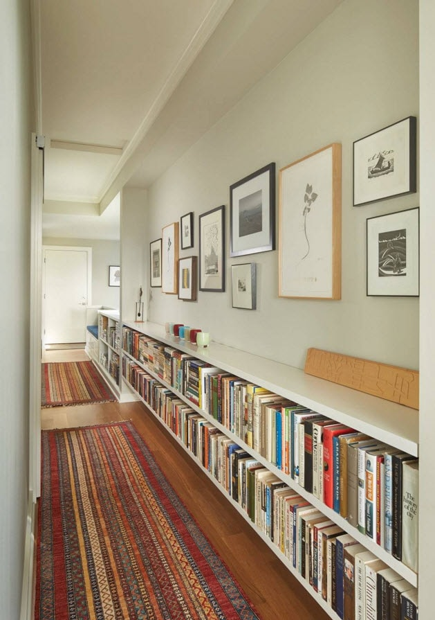 Книжные полки с функциональной верхней крышкой