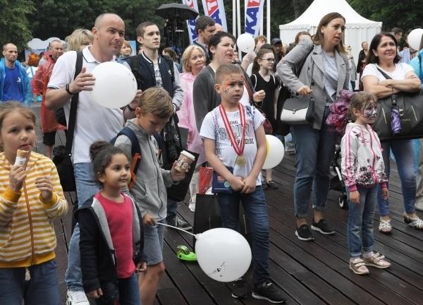 В Госдуме выступили за ограничение числа детей в приёмных семьях