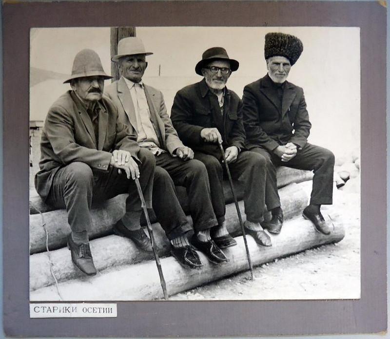 Снимки 1960-70-х годов фотографа-этнографа Георгия Аргиропуло 33