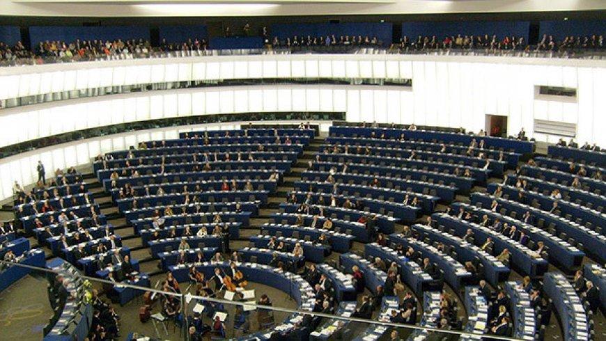Александр Рар объяснил провокационную резолюцию Европарламента.