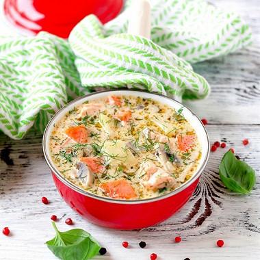 ТОП-5 Сырных супов минут, добавляем, специи, добавьте, картофель, сырки, кастрюлю, нарезать, небольшими, Добавьте, морковь, терке, форели, Когда, кубиками, масле, лавровый, добавить, масло, кусочками