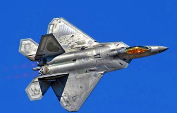 Истребители США открыли предупредительный огонь по штурмовикам РФ в Сирии