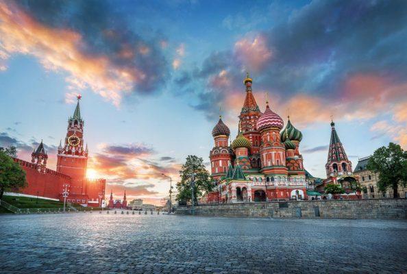 Изоляция России провалилась: украинский дипломат признал, что страны Запада симпатизируют Москве..