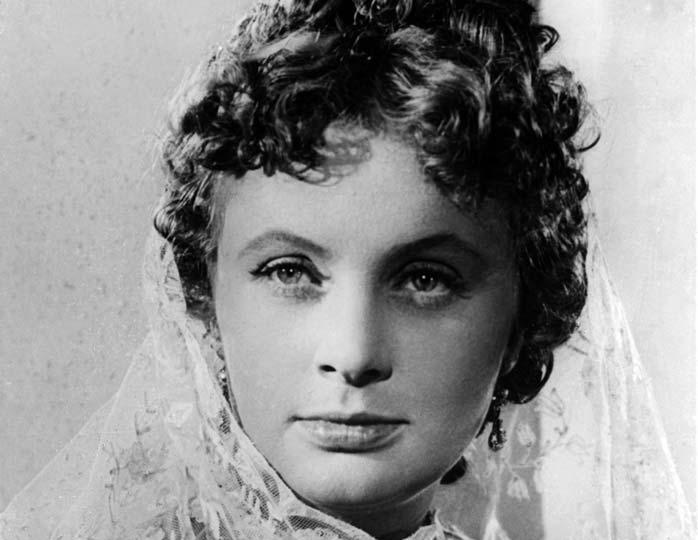 Ванны с шампанским и другие невероятные слухи о самой красивой актрисе советского кино 50-х