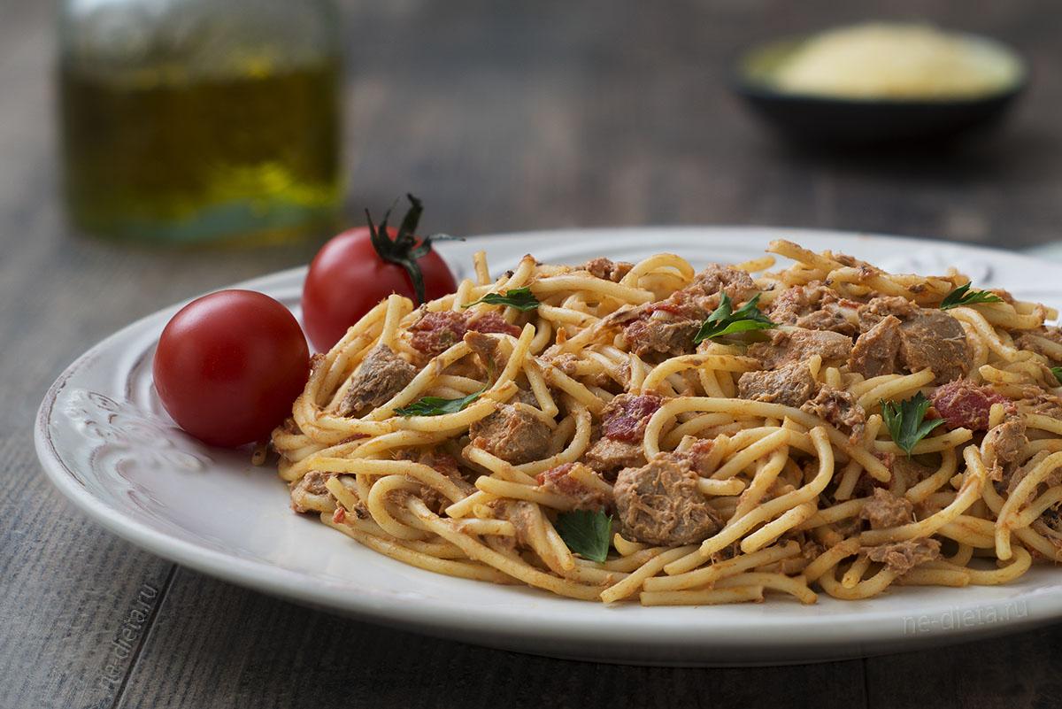Простейшее блюдо - макароны с тунцом