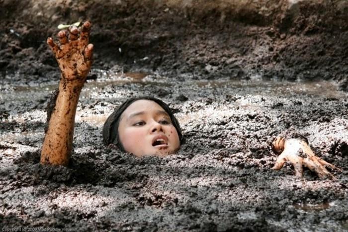 И даже из зыбучих песком можно выбраться.