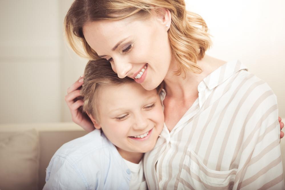 Днем рождения, картинки мать с сыном