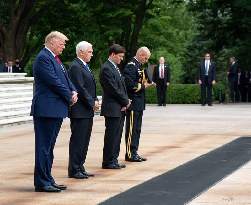 «Одной рукой вводит санкции, другую протягивает Кремлю»: в Европе отреагировали на инициативу Трампа по G7