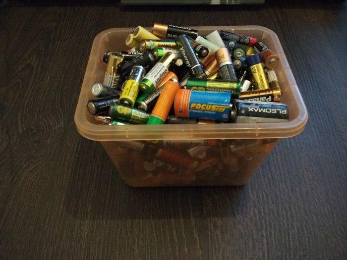 Контейнер для сбора использованных батареек бочка, Батарейка, утилизация, сбор, экология, длиннопост, спасем ежиков