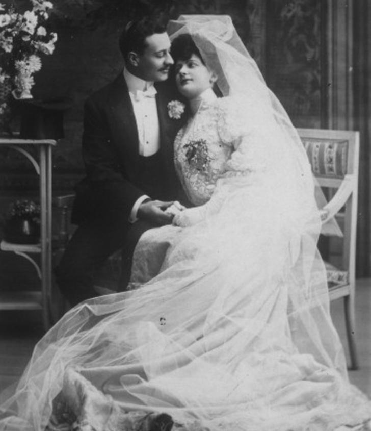 Как знакомились, когда тиндера и в помине не было. 20+ старинных брачных объявлений