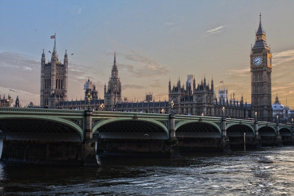 «Никакой фантазии»: посольство РФ уличило Британию в отсутствии собственной позиции по Сирии