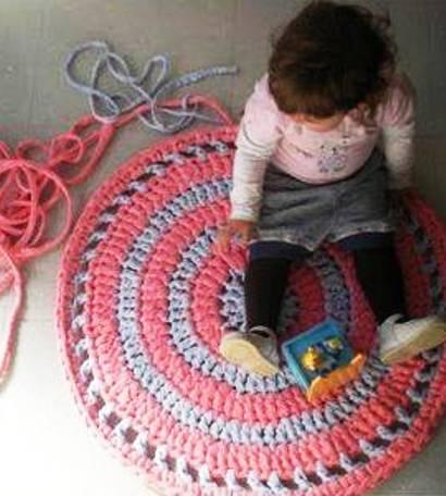 МК — вяжем крючком симпатичный коврик, как из бабушкиного сундука