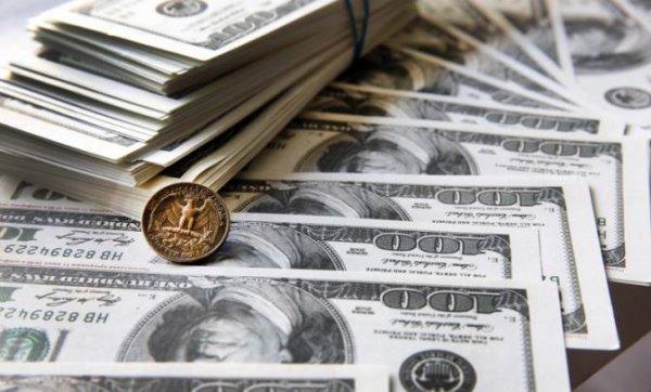 Тревога в США: Доллары пора …