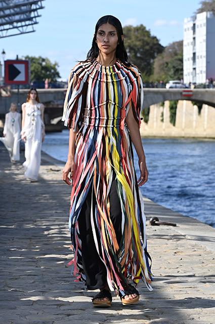 Неделя моды в Париже: Наталья Водянова, Деми Мур, Джиллиан Андерсон на показе Chloe Новости моды