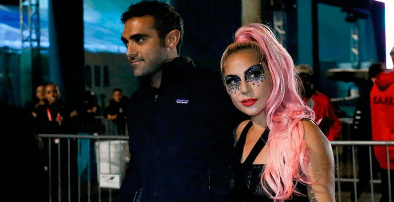 Леди Гага впервые появилась …