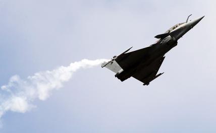 Воздушный бой: «Рафаль» сбил Су-35 в небе Азии геополитика