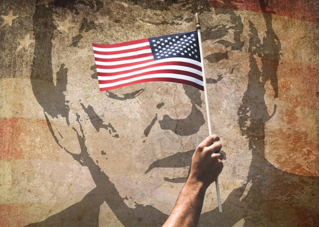 Блеск, шик, гром, война и нищета американской пропаганды