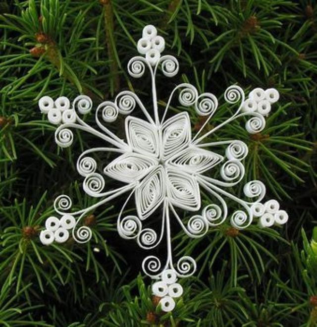 Снежинки в технике квиллинг квиллинг,новогодний декор