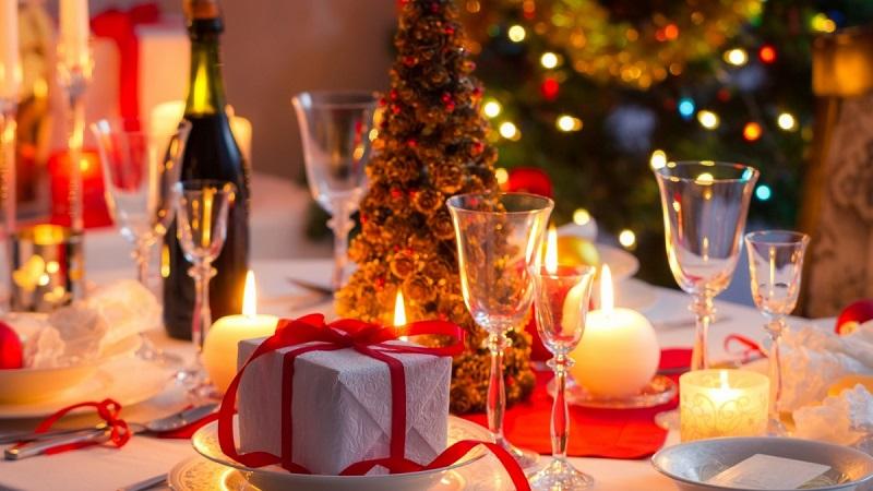 Фавориты новогоднего стола! «Курочка-снегурочка» для меня, «Снежная королева» — для мужа…