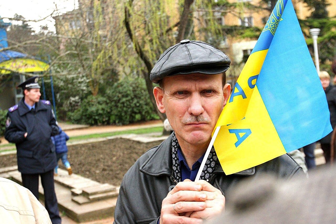 Уезжающие жить на Украину белорусы пояснили, почему они покидают родину