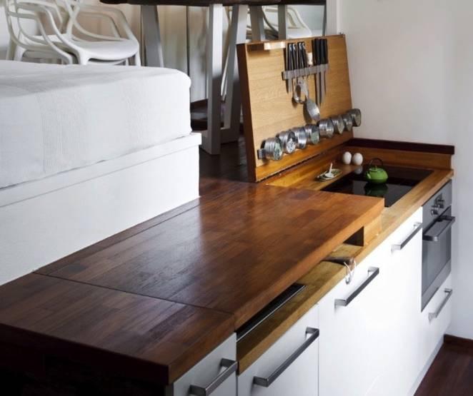 Как спрятать кухню под подиум