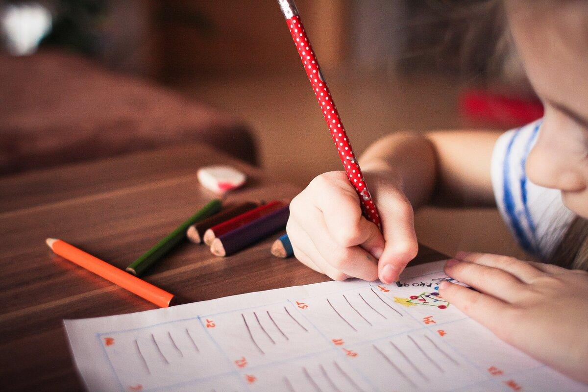 Что делать, если ребенку уже 7 лет, а к школе он не готов.