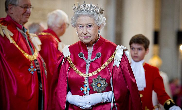 Елизавета II отречется от престола в 95 лет: комментарий официального представителя королевы
