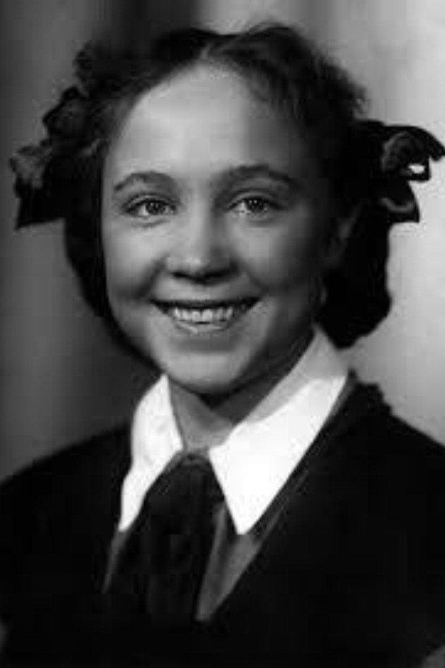А Вы их узнаете? 15 фото советских актеров в школьные годы