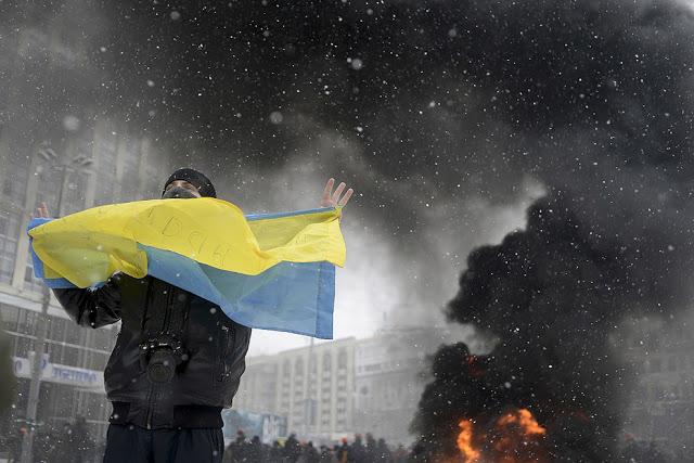 «Если завтра война»: Украинская власть определилась с врагами и союзниками